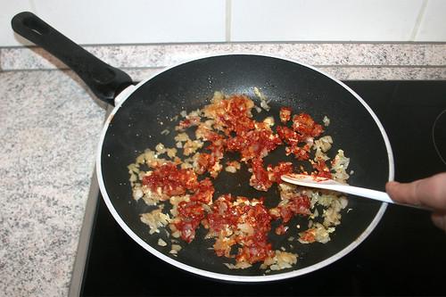30 - Tomatenmark anrösten / Braise tomato puree