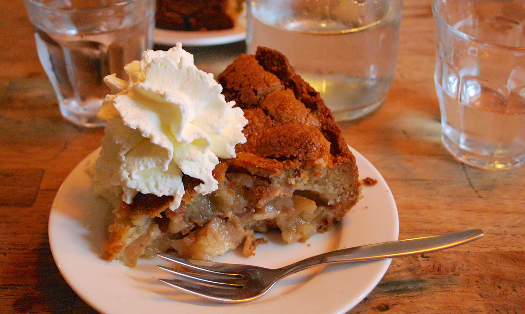 Best Dutch apple pie, at Winkel 43