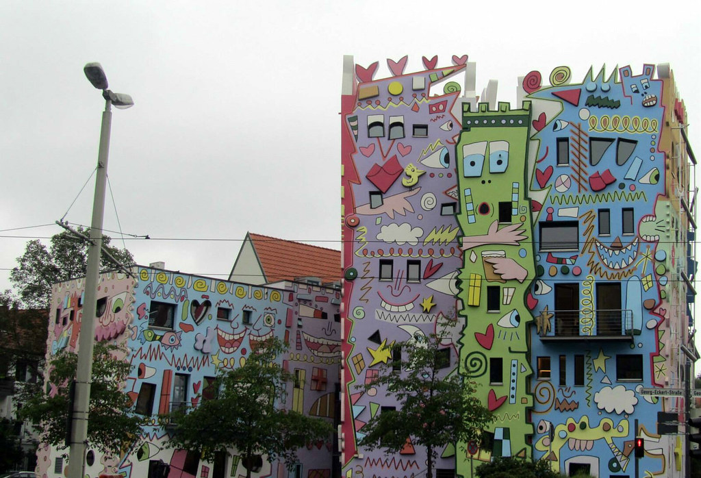 Images Meet Colorful Rizzi - The Happiest House in The World - YourAmazingPlaces.com 3