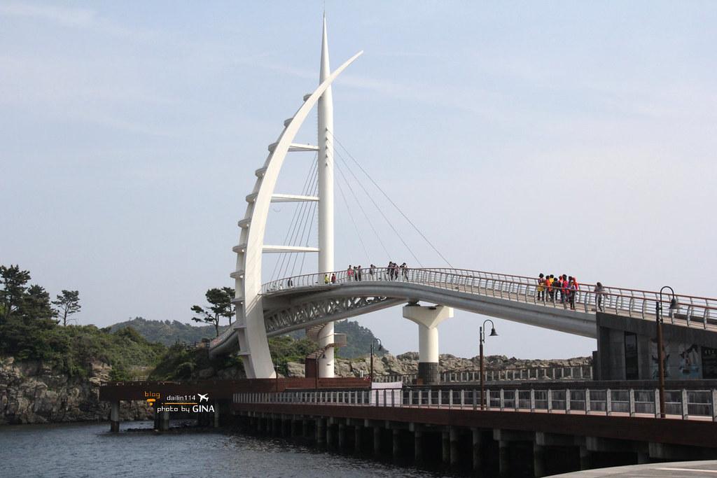 【西歸浦景點】濟州島搭潛水艦、 潛水艇|海底看魚冒險不用全身濕搭搭 @GINA環球旅行生活|不會韓文也可以去韓國 🇹🇼