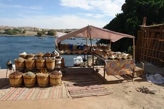 Tienda Nubia de artesanía y especias pueblo nubio de aswan - 8732701514 6d196bf40d n - Pueblo Nubio de Aswan, Restos de aquella antigua cultura
