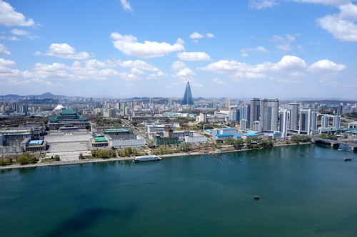 city travel landscape cityscape capital korea northkorea pyongyang dprk 朝鲜 capitalcity ryugyong 2013 平壤 朝鮮 조선 北朝鮮 平壌 평양 朝鮮民主主義人民共和国 복한