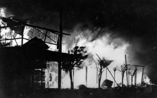 Raging fire at the Charleville Hotel, February 1931