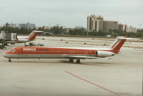 MIAMI MARCH 2000 AVIANCA DOUGLAS MD80 EI-CEP