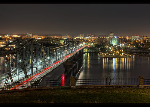 city longexposure bridge ontario canada color alexandria night canon reflections river rebel lights lowlight cityscape quebec ottawa capital historic gatineau hdr hdraward vigilantphotographersunite vpu2