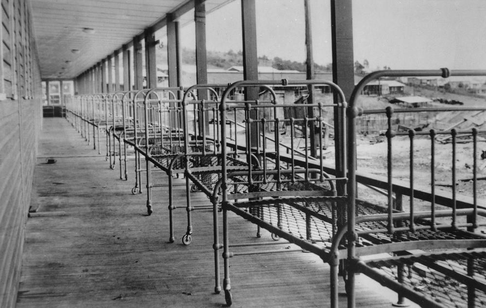 Beds on the verandah of the Greenslopes Military Hospital