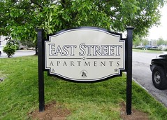 Easy Street Apartments Monument Sign