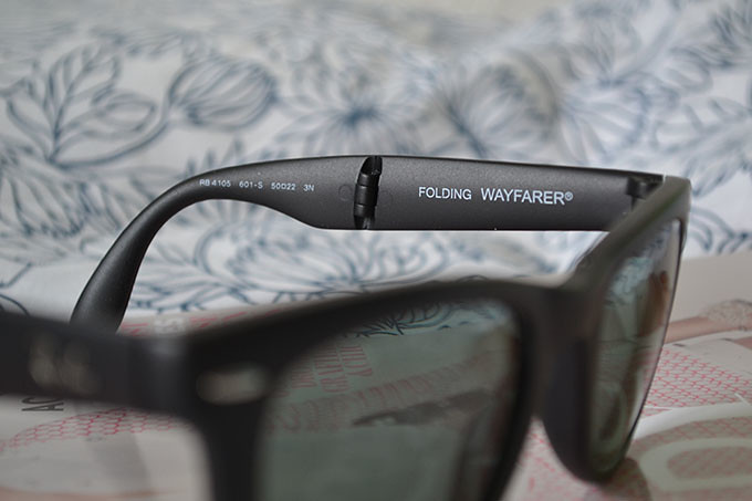 RB4105 Folding Wayfarer 2