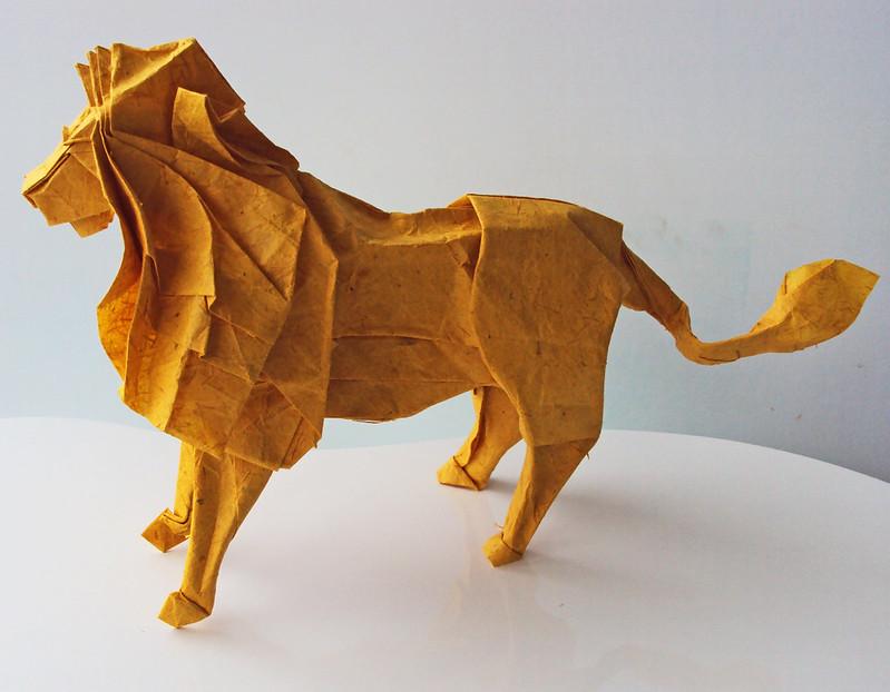 Lion by Satoshi Kamiya, folded by me