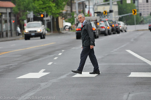 Mayor Hales crossing enforcement action-8
