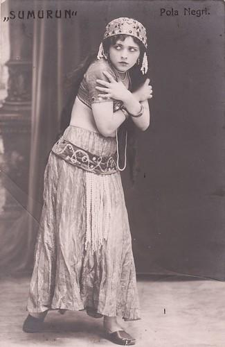 Pola Negri in Sumurun (1913)