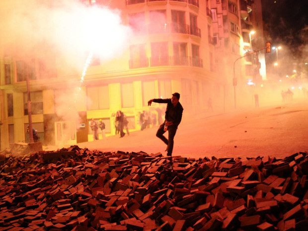 8959858279 e284077502 z 35 Powerful Images Of The Violent Protests Against The Leadership in Turkey