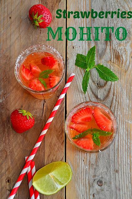 STRAWBERRIES MOHITO