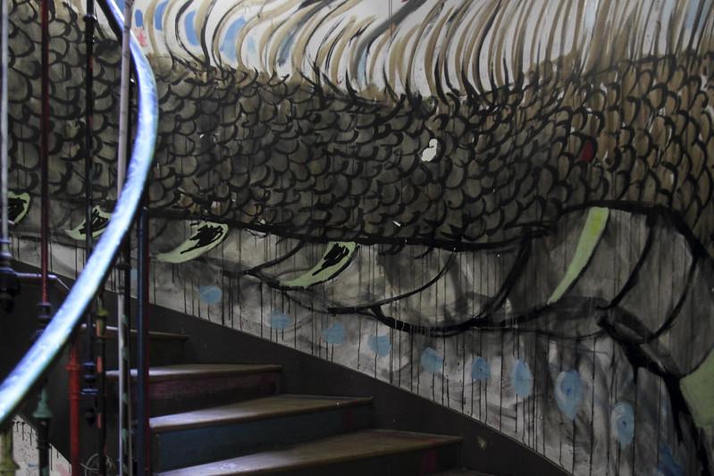 Paris, 59 RIVOLI - Follow the dragon