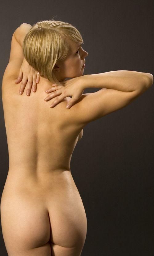 bb veera alasti thaihieronta turku