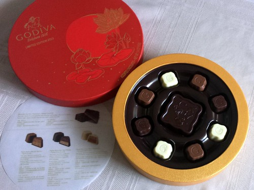 Godiva Mooncake Box & Contents