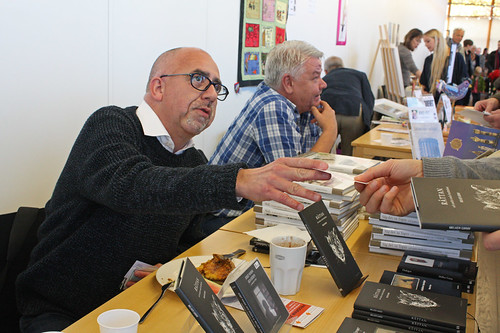 Melker Garay presenterade Råttan och tidigare böcker under Östergötlands bokmässa.