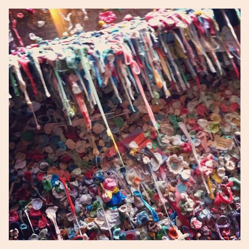 Gum icicles