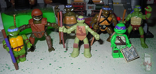Nickelodeon TEENAGE MUTANT NINJA TURTLES :: MINI TURTLE FIGURE 4-PACK xiv // .. Don with other Mini Donatello figs (( 2014 ))