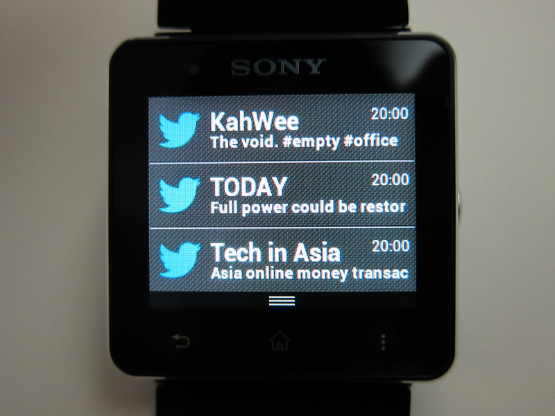 Sony SmartWatch 2 - Notification Panel
