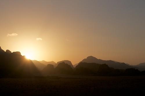 dawn desert wadirum jordan avventurenelmondo