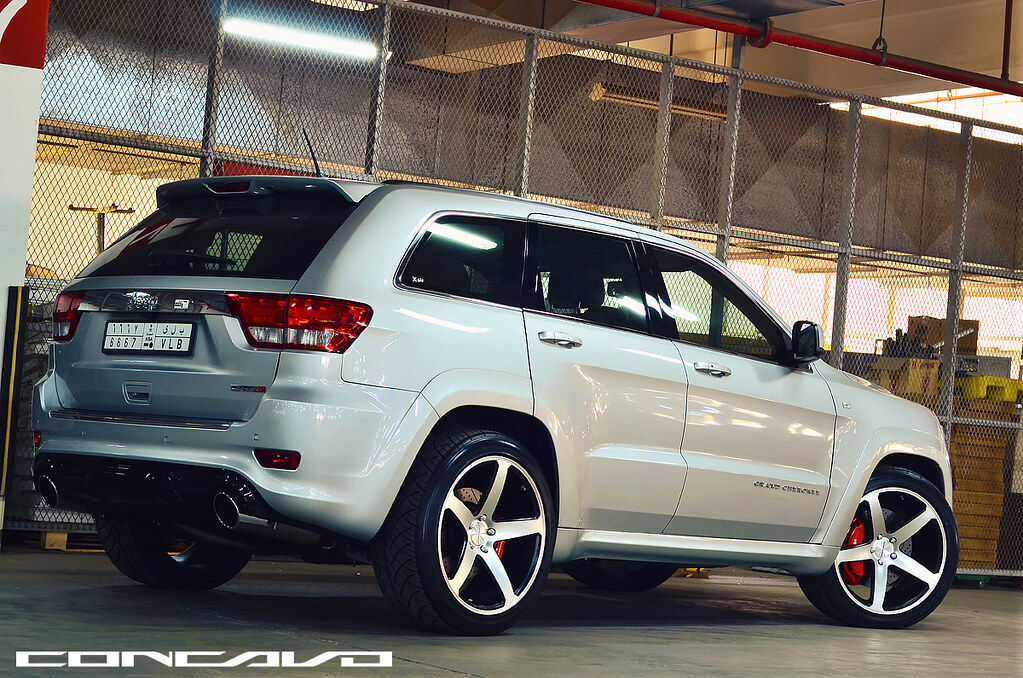 jeep grand cherokee srt8 concavo cw 5 jeddah saudi. Black Bedroom Furniture Sets. Home Design Ideas