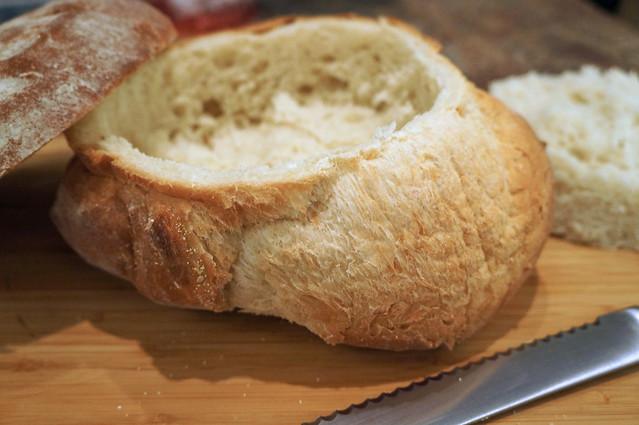Spinach Artichoke Dip in Bread Bowl Bread Bowl Spinach Dip