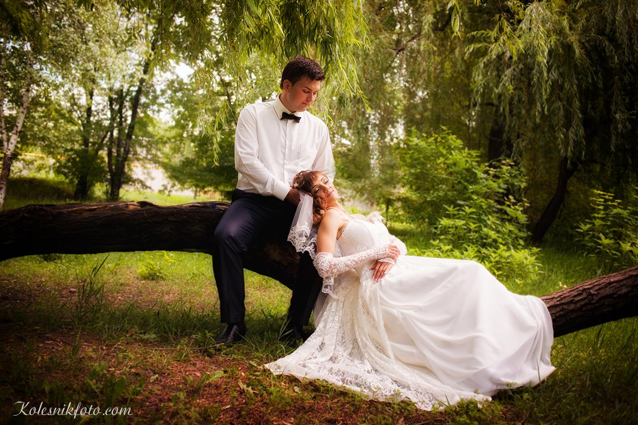 Свадебная фотография в Днепропетровске на природе