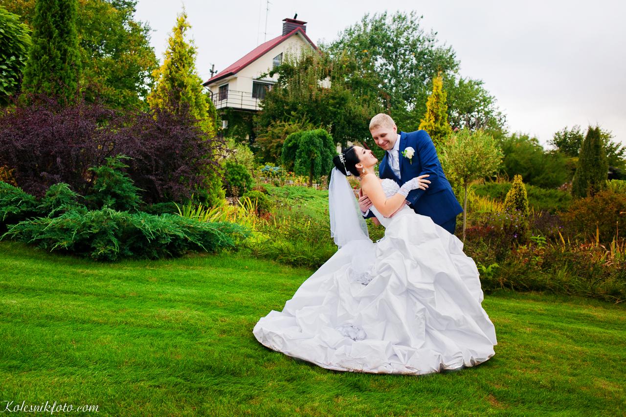 Жених и невеста, места для свадебных фотосессий в Днепропетровске