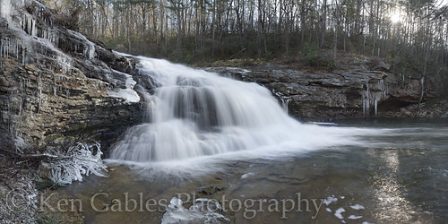 waterfall littlerivercanyon winterscenery cherokeecountyalabama johnniescreek themillhole