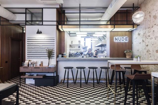 nude-coffee--wine-bar-by-form-bureau-moscow-l