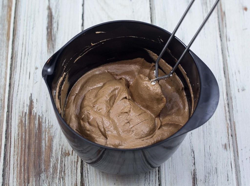 Hvid og mørk chokolademousse (10)