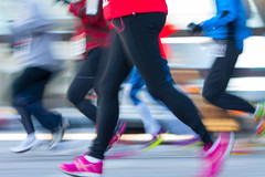jogging(0.0), spandex(0.0), sports(1.0), running(1.0), physical exercise(1.0), tights(1.0),