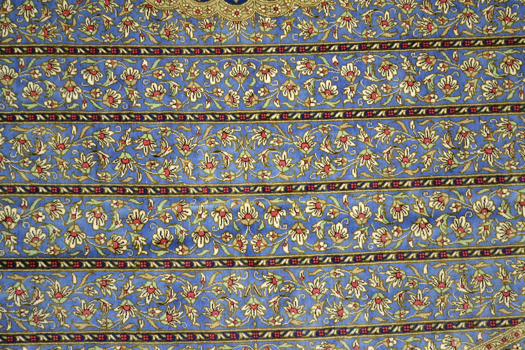 Extremely rare Qum Round Persian Rug 200x200 cm 7x7 Pure Silk (5)