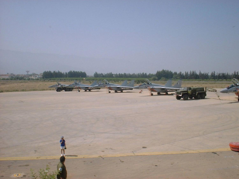 صور طائرات القوات الجوية الجزائرية  [ MIG-29S/UB / Fulcrum ] 27164587350_172a223e98_o
