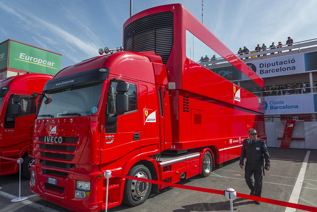 motor home truck team  8721442556_a3ec70b65d_z