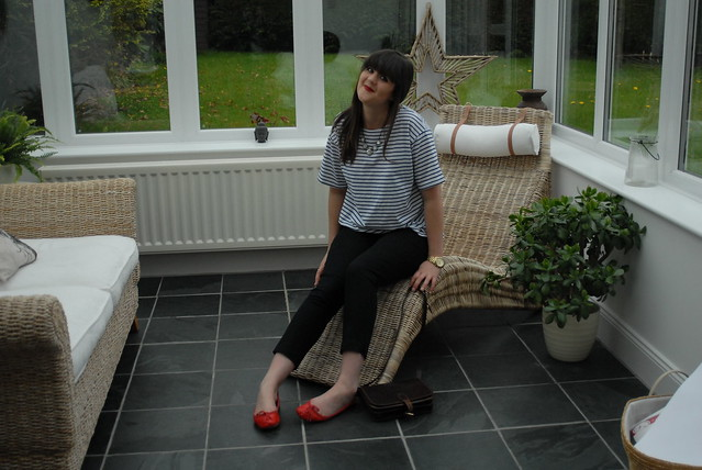 topshop-breton-top-stripes-red-ballet-pumps-satchel
