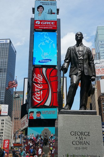 George M. Cohan Statue in Duffy Square - New York