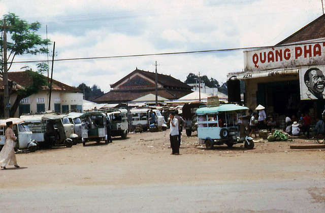 Xuân Lộc 1967-68 - Cab stand at the market place.