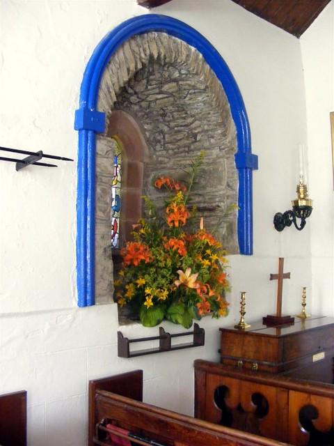 Lonan old church 018