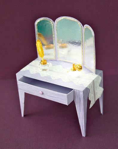 Dressing Table image open