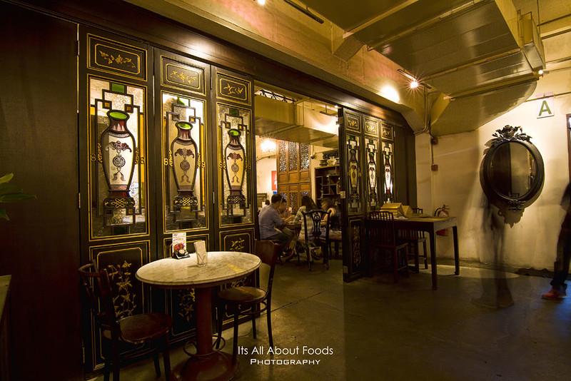 precious-old-china-interior2