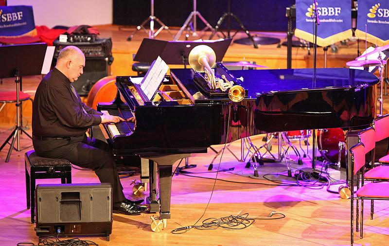 James Morrison jammar före konsert (Foto: Thor-Björn Bergman)