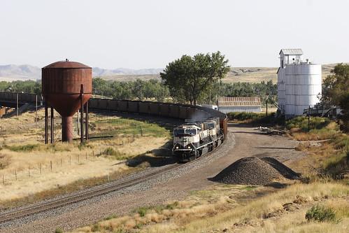 railroad usa train wyoming coal bnsf westbound arvada wy coaltrain powderriver paulnash bighornsub coallds wbcoalldscurvewybnsf