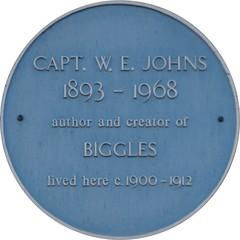 Photo of W. E. Johns blue plaque