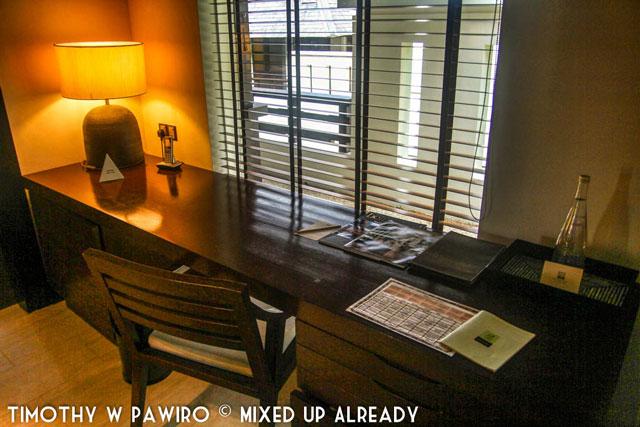Malaysia - Kinabalu - Gaya Island Resort - Bayu villa - The working area