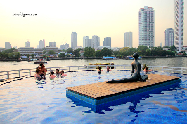 Chatrium Hotel Riverside Bangkok Pool