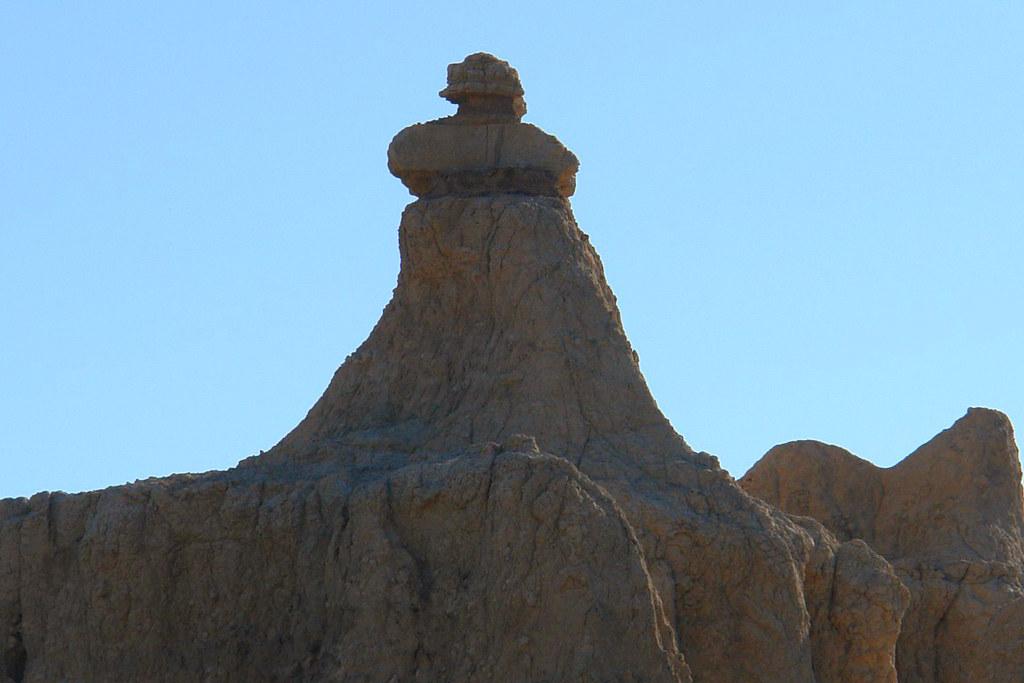Impresionantes formas erosionadas de Badlands parque nacional badlands, devastadora erosión - 16502464751 7813b5b139 b - Parque Nacional Badlands, devastadora erosión