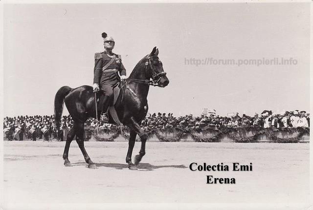 Bucuresti- defilarea pompierilor militari pe Calea Victoriei cu ocazia centenarului 1835- 10 mai 1935