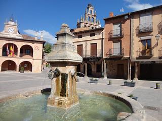 Plaza Mayor de Ayllón.